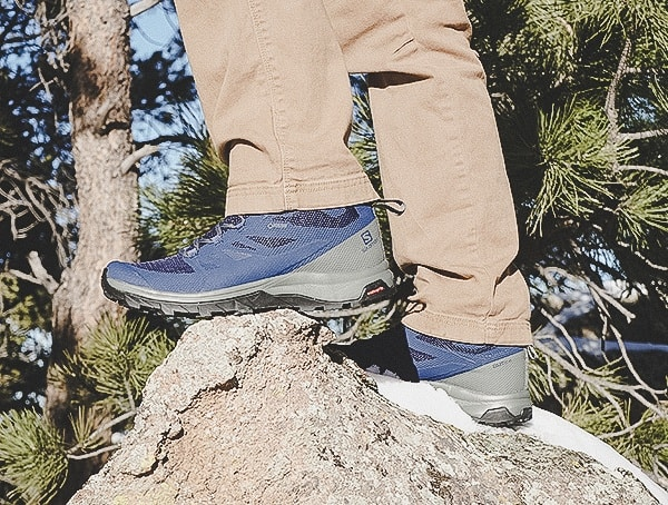 Guys Salomon Outline Mid Gtx Hiking Shoes Review