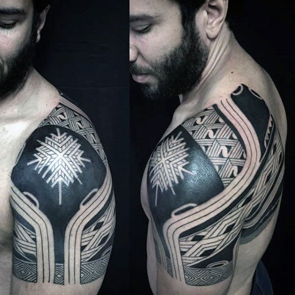 Guys Shoulder Tribal Tattoos