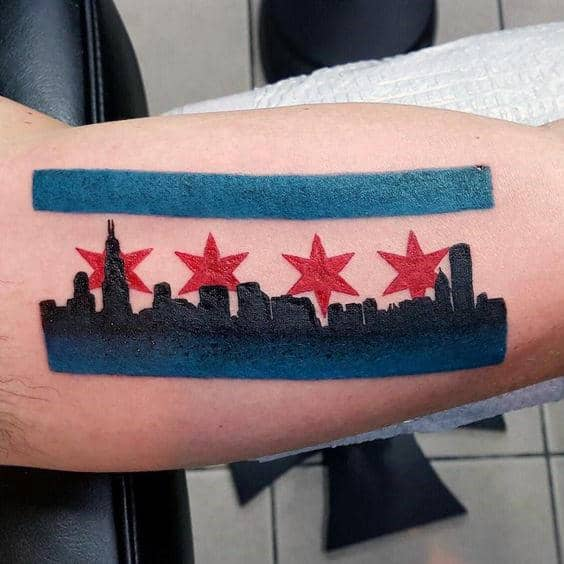 Guys Simple Chicago Flag With Black Ink Sykline Bicep Tattoos