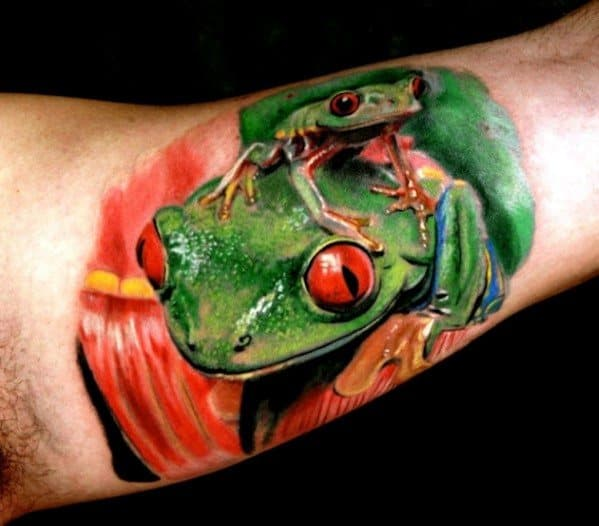 Guys Tattoos With Tree Frog Design 3d Realistic Inner Arm Bicep
