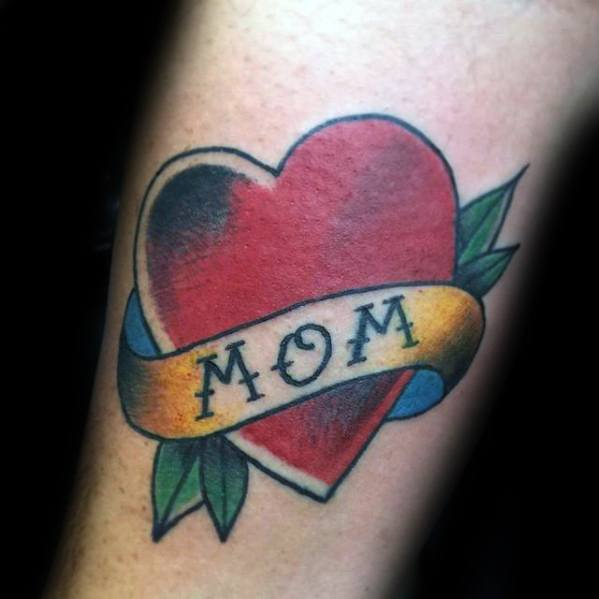 Guys Traditional Mom Tattoo Deisgns On Arm