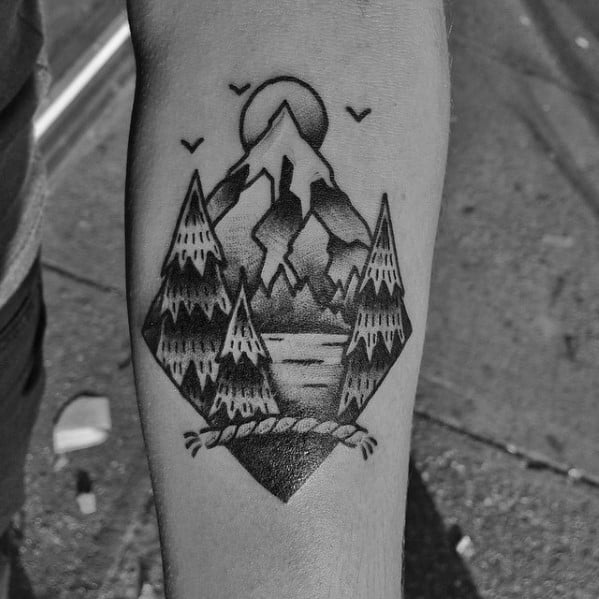 Guys Traditional Mountain Tattoo Designs