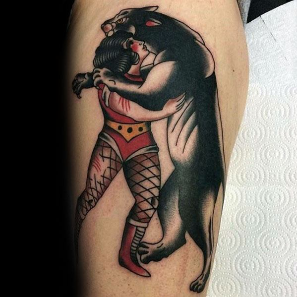Guys Vintage Tattoo On Leg