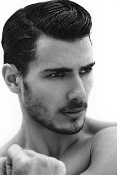 AMAZING SIDE PART HAIRCUTS FOR MEN IN HANOI BARBER SHOP