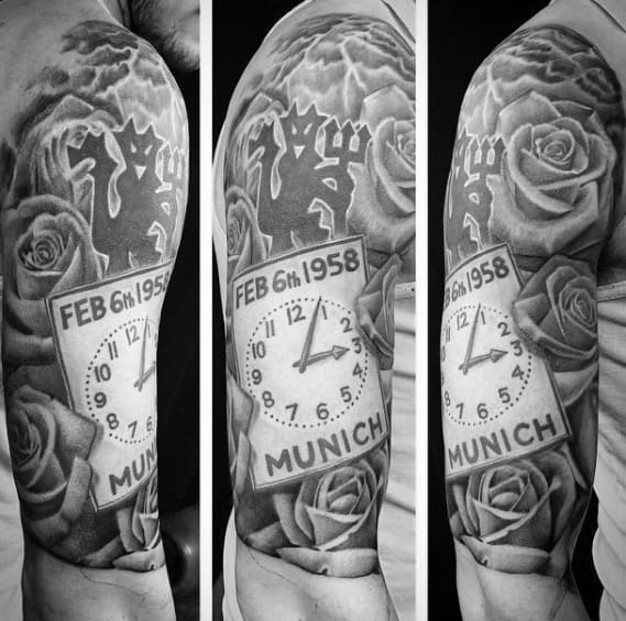 Half Sleeve Distinctive Male Manchester United Tattoo Designs