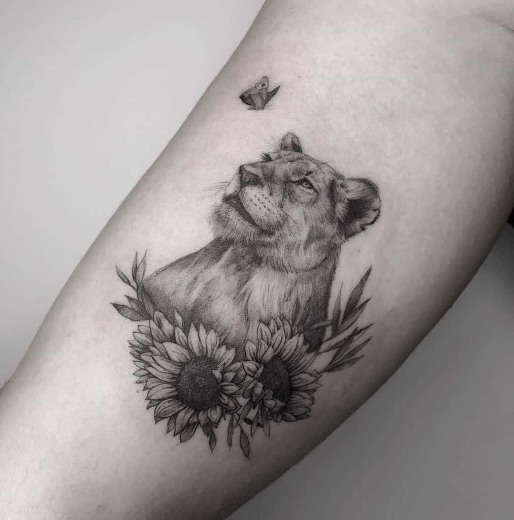 Hamburg Fine Line Lioness Tattoo