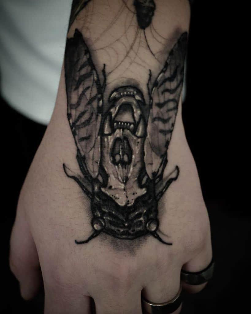 hand Cicada Tattoos ssab_ttt