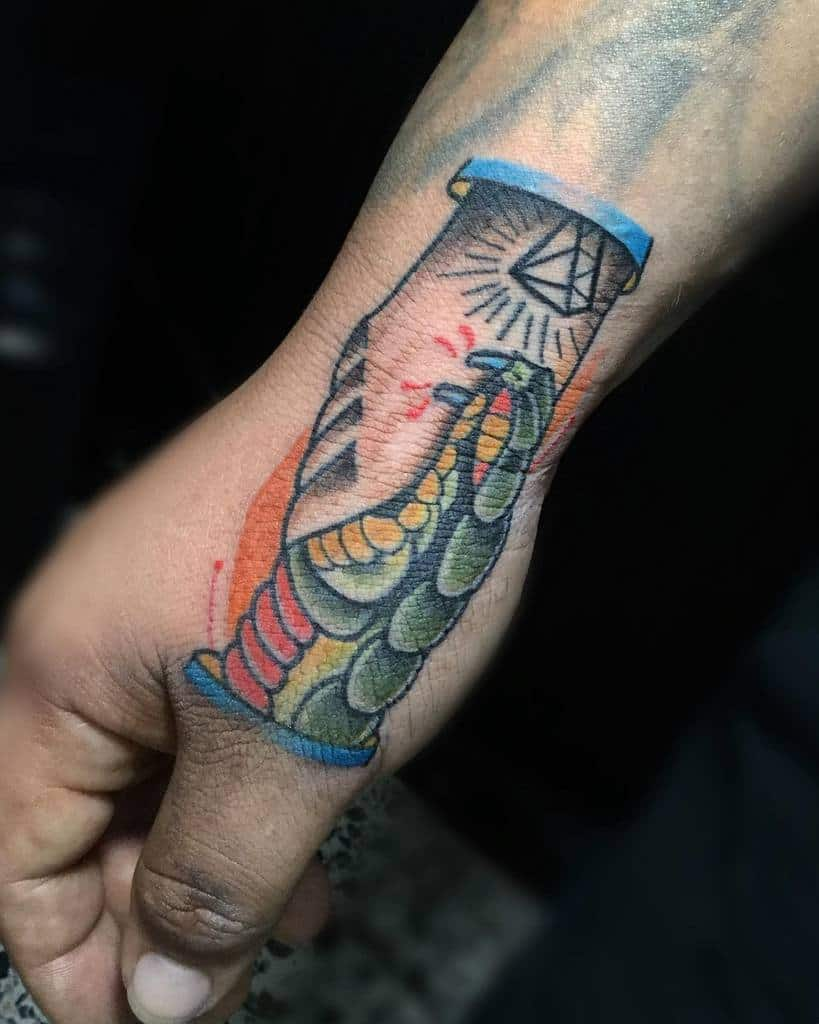 hand trust no one tattoos fenrir_hernandez_tattoo