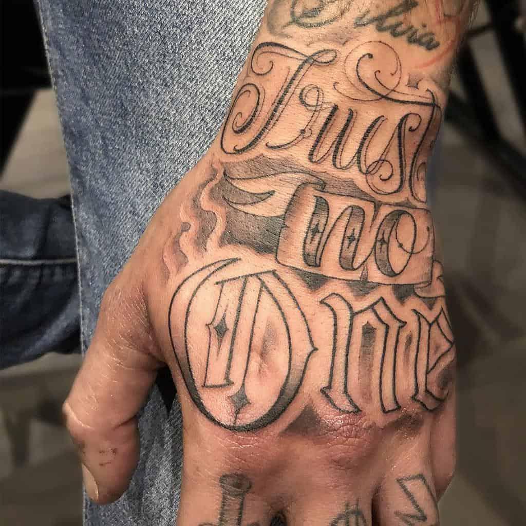 hand trust no one tattoos yuripetrucci