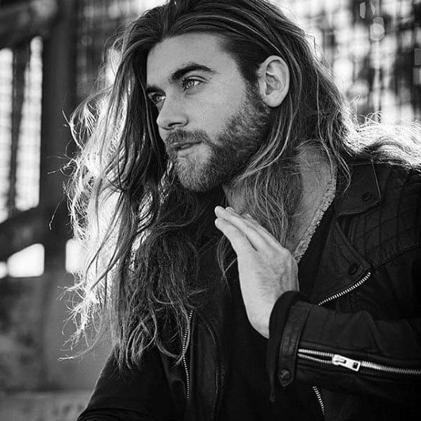 Handsome Mens Short Beard Style Inspiration