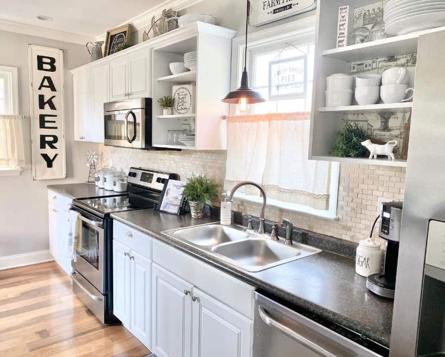 hanging bulbs kitchen lighting ideas coastal.home.nj