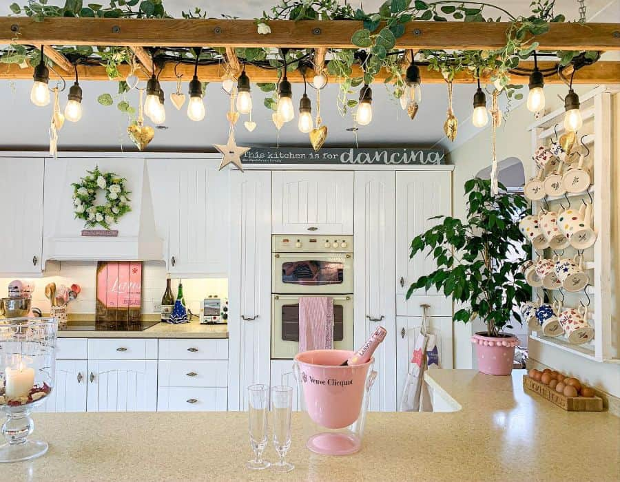 hanging bulbs kitchen lighting ideas home_shabby_chic