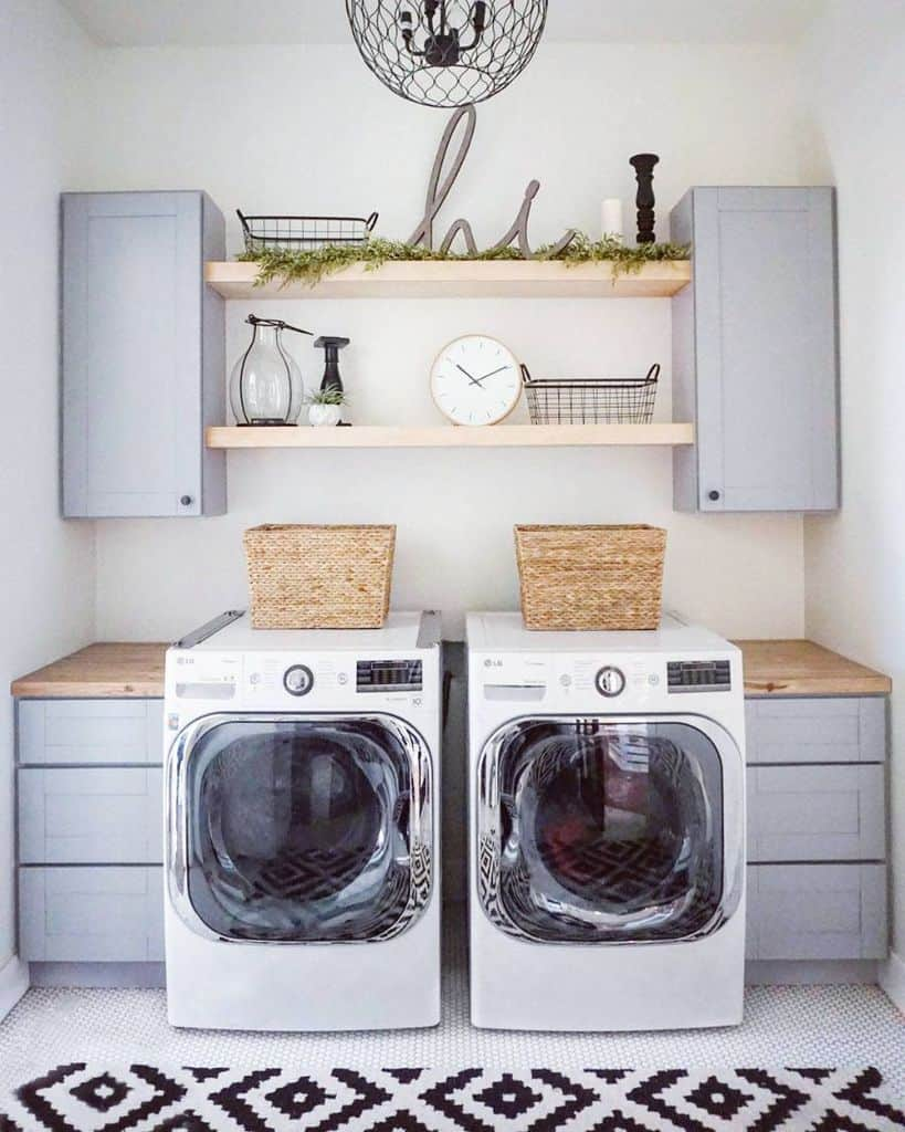 hanging laundry room cabinet ideas project_widdison
