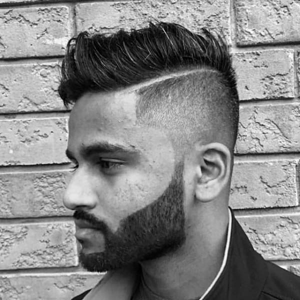 Hard Part Short Taper Fade Haircut For Men