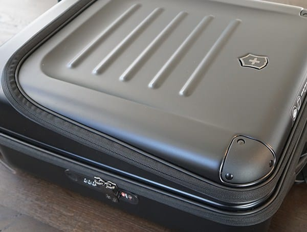 Hard Shell Victorinox Spectra 2 0 Dual Access Global Carry On Suitcase