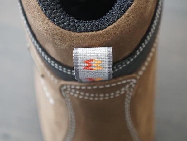 Heel Pull Tab Garmont Dakota Lite Gore Tex Guys Boots For Hiking