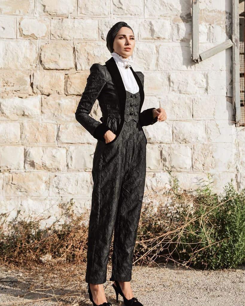 High Neck Collar Modest Look Victorian Style