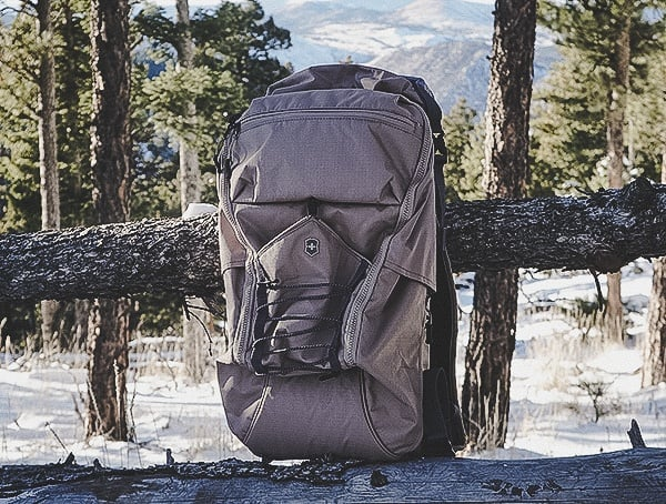 Hiking Review With Victorinox Deluxe Rolltop Backpack In Sand Color