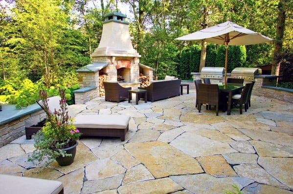 Home Backyard Flagstone Patio