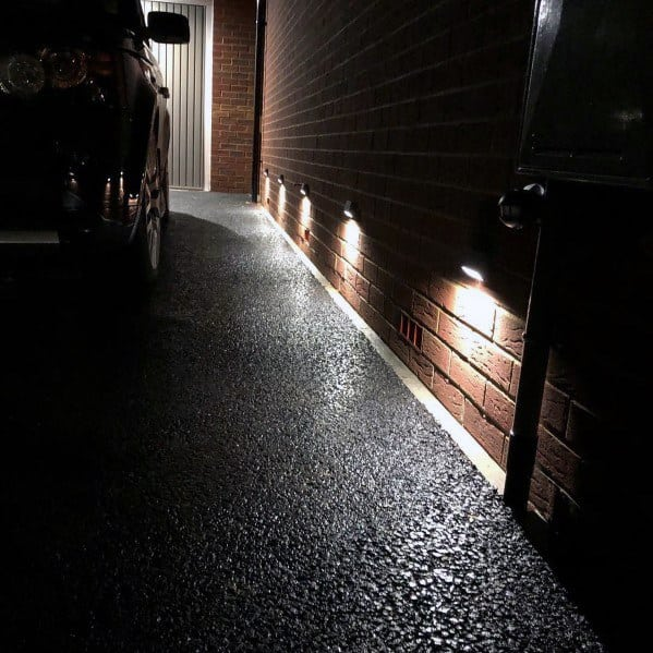 Front Driveway Lighting