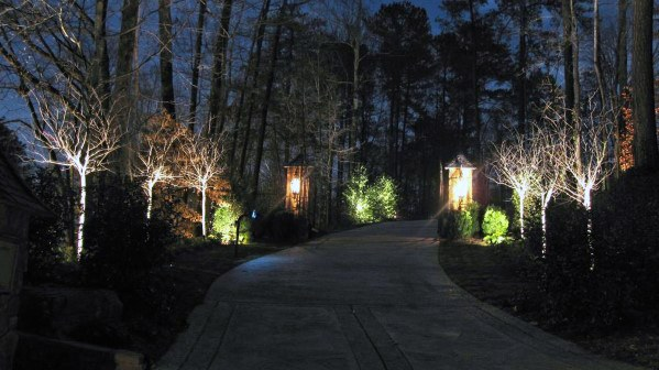Home Exterior Designs Driveway Lighting