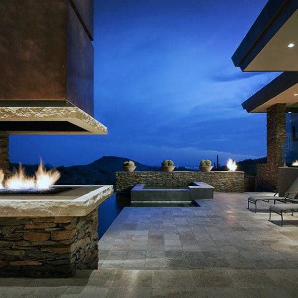 Home With Modern Outdoor Fireplace Design