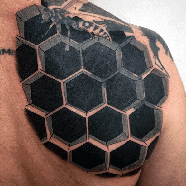 Honeycomb Bee Optical Illusion Mens Back Tattoo With Black Ink