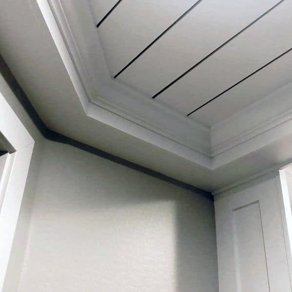 House Crown Molding Ideas With Shiplap Ceiling
