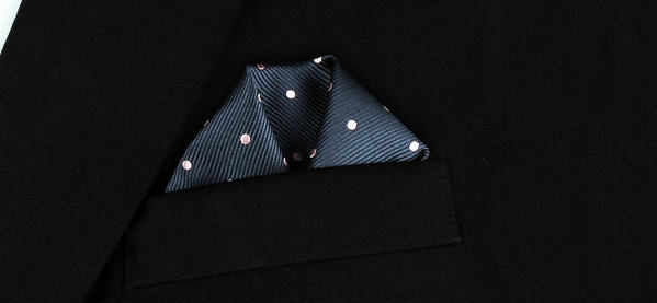 How To Wear A Winged Puff Pocket Square
