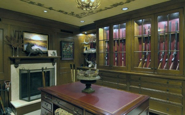 Hunters Gun Room Design With Fireplace