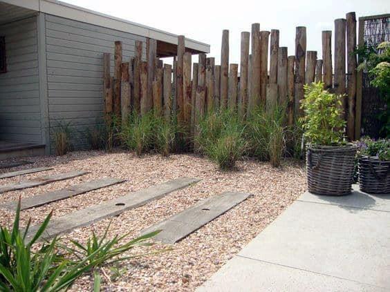 Idea Inspiration Wooden Logs Fence Desert Landscaping Designs