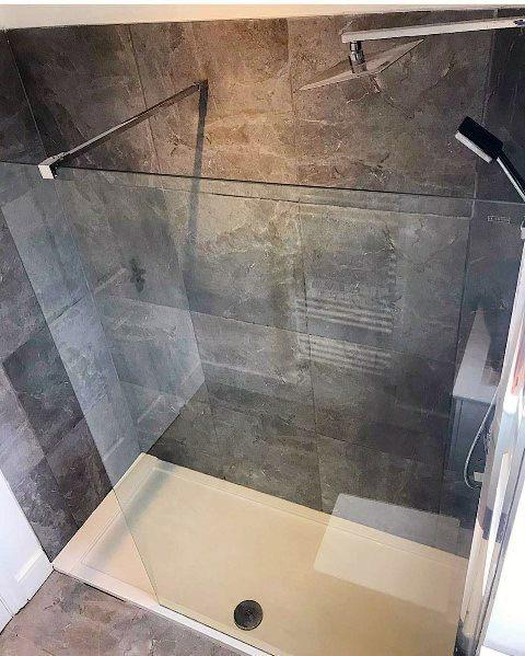 grey small shower ideas