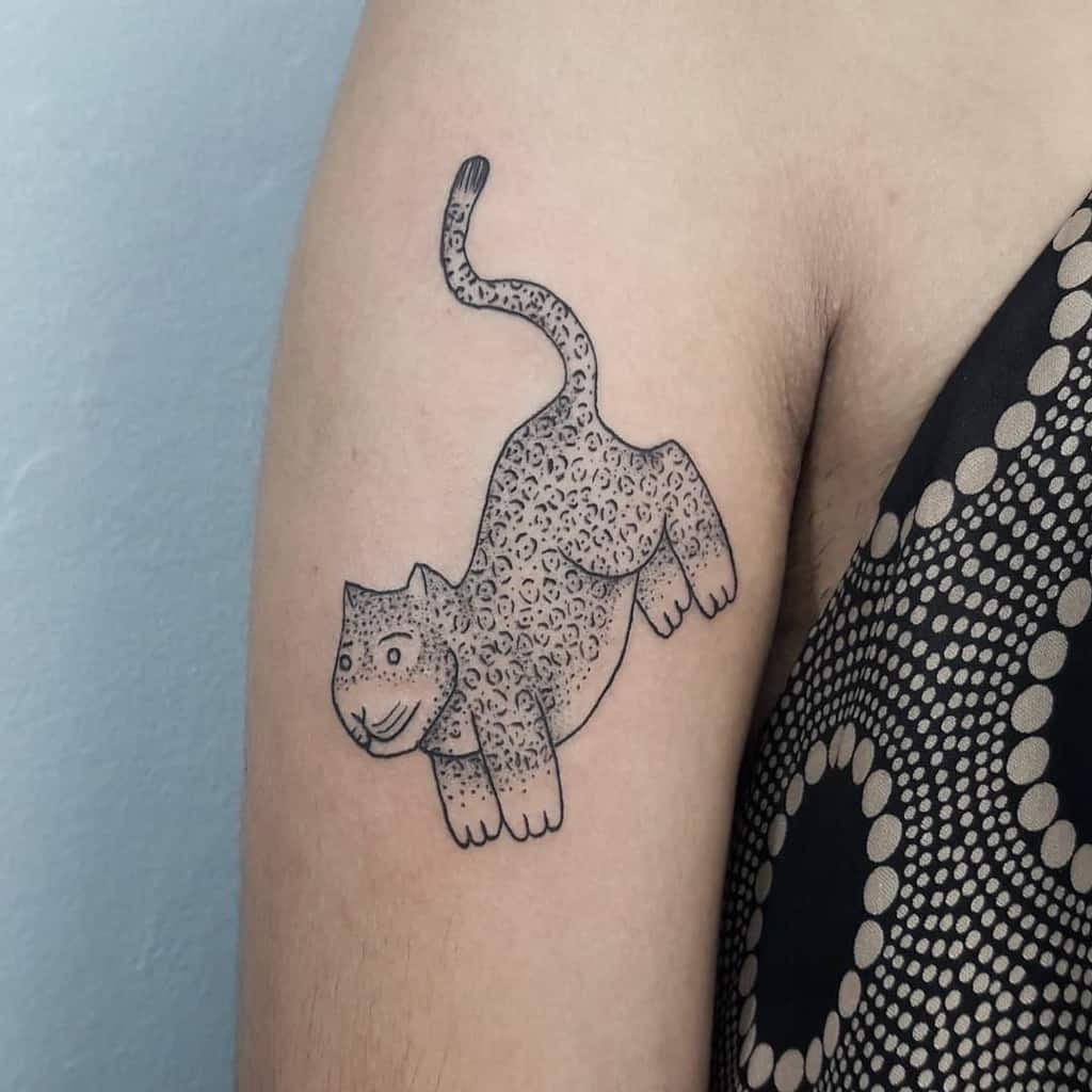 ignorant-style-contemporary-jaguar-tattoo-apartamento.selvagem