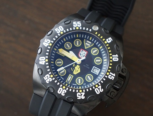 Illuminated Dial Luminox Scott Cassell Deep Dive Special Edition Mens Watch