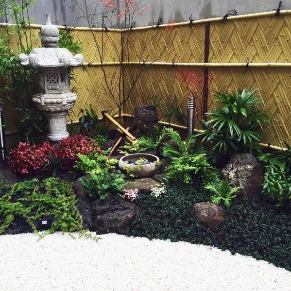 Impressive Braided Bamboo Fence Ideas
