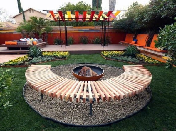 Impressive Fire Pit Seating Ideas