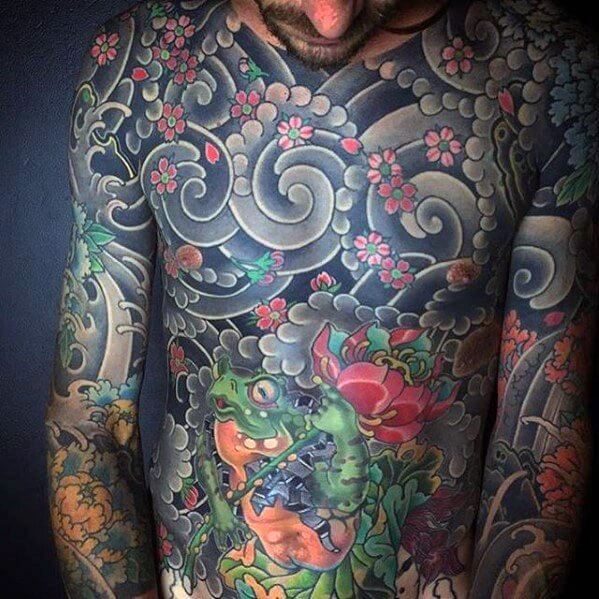 impressive-male-japanese-frog-tattoo-designs