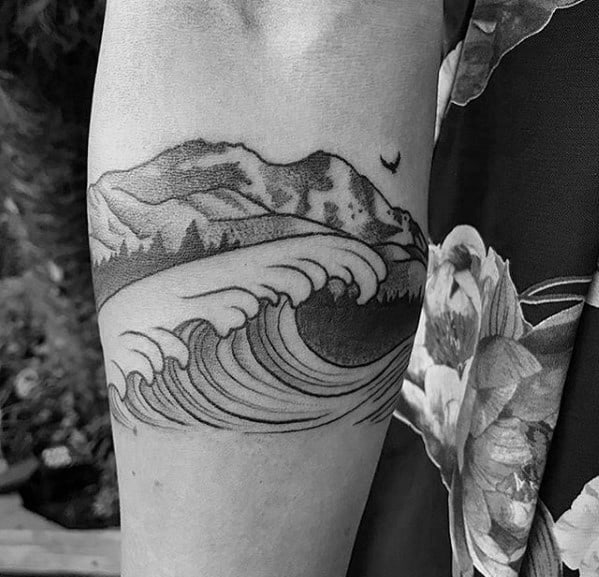 Impressive Male Mountain Wave Tattoo Designs