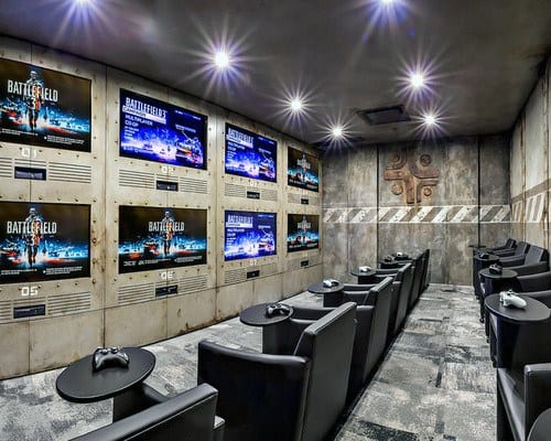 Incredible Gaming Man Cave