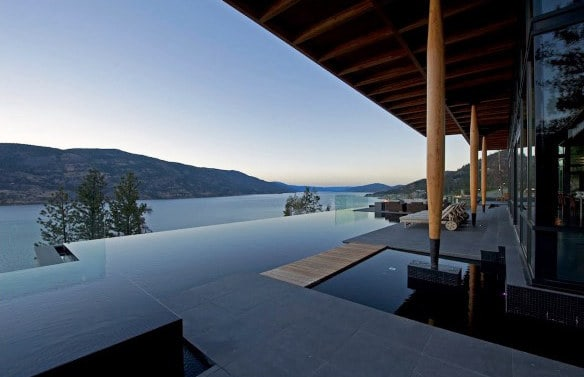 Incredible Infinity Edge Home Swimming Pool With Amazing View