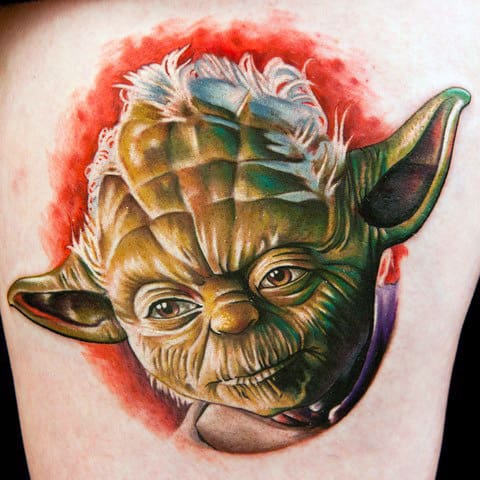Incredible Thigh Realistic 3d Yoda Portrait Tattoo For Guys