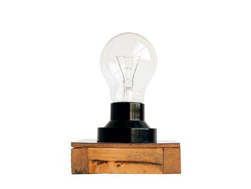 Industrial Lamp With Edison Bulb And Drift Wood Base Apartment Decorations For Guys