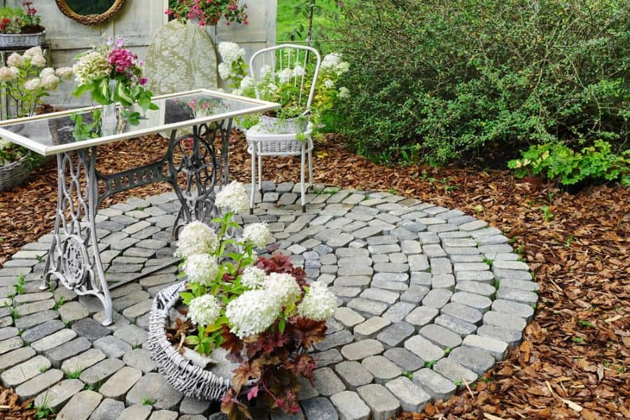 Inexpensive Small Patio Ideas 28