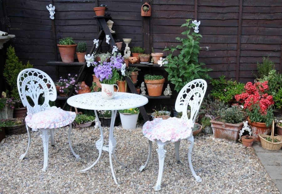 Inexpensive Small Patio Ideas 35