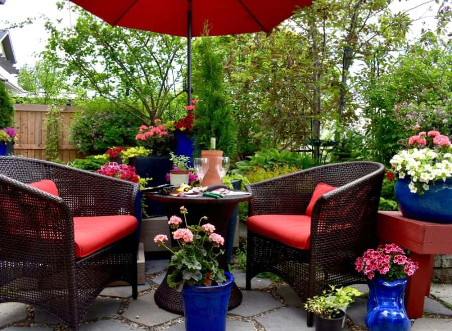 Inexpensive Small Patio Ideas 36