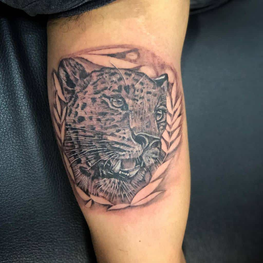 inked-jaguar-tattoo-renetattoo81