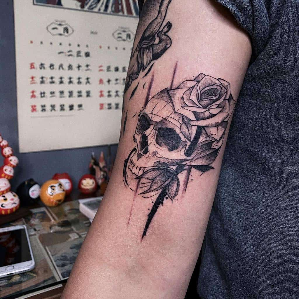inked-skull-and-rose-tattoo-rui_tattooist