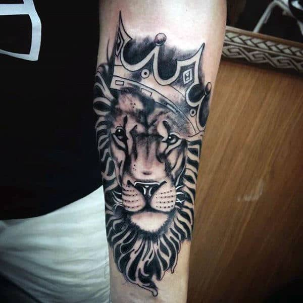 1a2b52bf93aff 50 Lion With Crown Tattoo Designs For Men - Royal Ink Ideas
