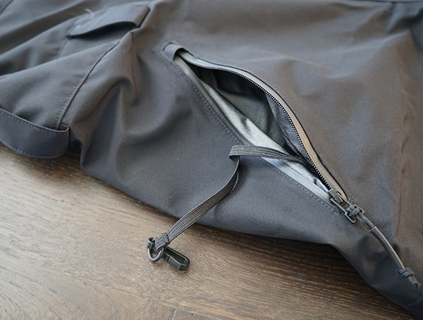 Inner Hand Pocket Sleeve With Tether Clip Dakine Stoker Gore Tex 3l Bib