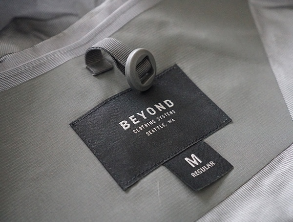 Inner Neck Tag Beyond Clothing K6 Arx Rain Mens Jacket